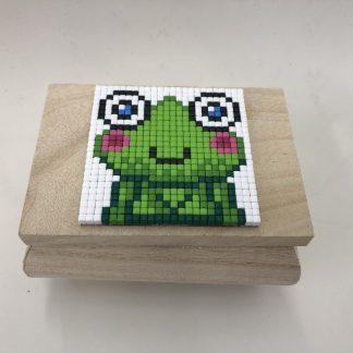 Schatzkiste aus Holz für 6x6 Pixelhobby Platten